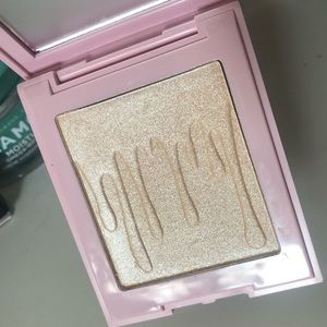 Kylie Cosmetics Kylight in Ice Me Out